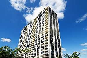 MLS # 4386160 : 121 N POST OAK LANE UNIT 1303-04