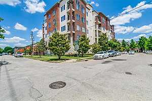 MLS # 68817824 : 100 WILLARD STREET UNIT 30