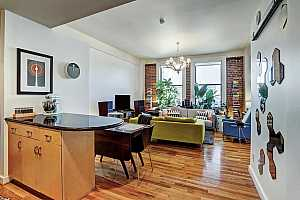 MLS # 21589614 : 915 FRANKLIN STREET UNIT 3N