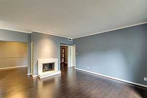 MLS # 79648585 : 2100 TANGLEWILDE STREET UNIT 653