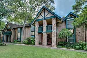 MLS # 88020461 : 8229 KINGSBROOK ROAD UNIT 126