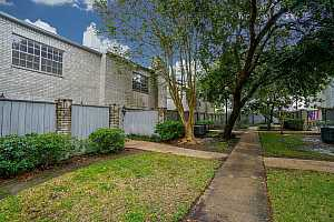 MLS # 48676885 : 222 WILCREST DRIVE DRIVE UNIT 222