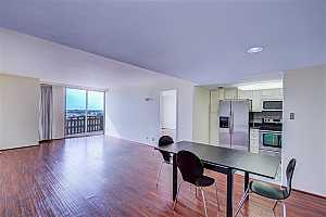 MLS # 88351939 : 2016 MAIN STREET UNIT 1504