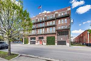 MLS # 29796155 : 2205 MCKINNEY STREET UNIT 306