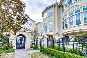MLS # 73586453 : 1515 HYDE PARK BOULEVARD UNIT 14