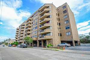 MLS # 46673165 : 21 BRIAR HOLLOW LANE UNIT 509
