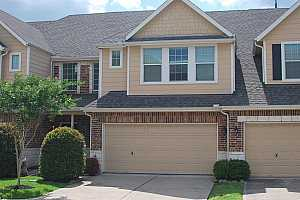MLS # 76514882 : 2822 WINDY THICKET LANE