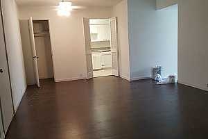 MLS # 61476297 : 2101 FOUNTAIN VIEW DRIVE UNIT G8