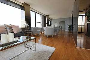 MLS # 11902588 : 15 GREENWAY PLAZA PLAZA UNIT 27A