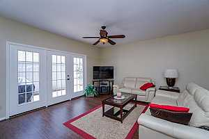 MLS # 76937260 : 476 WILCREST DRIVE