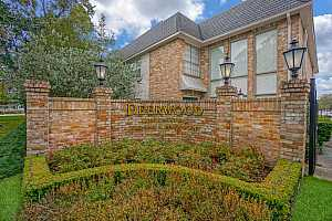 MLS # 88129846 : 2224 S PINEY POINT ROAD #203