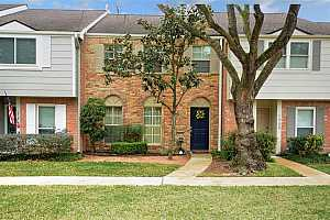 MLS # 53253332 : 1311 COUNTRY PLACE DRIVE