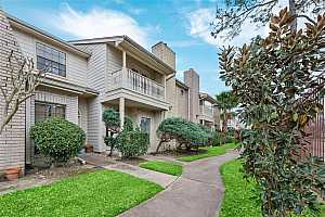 MLS # 90783794 : 800 COUNTRY PLACE DRIVE #502
