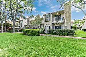 MLS # 8480694 : 800 COUNTRY PLACE DRIVE #104
