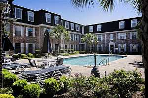 MLS # 65774390 : 359 N POST OAK LANE #322