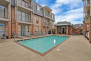 MLS # 95807261 : 2425 UNDERWOOD STREET #344