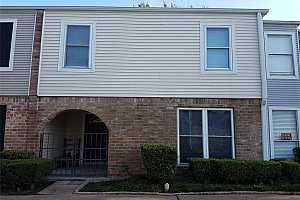 MLS # 32564650 : 9020 WILCREST DRIVE