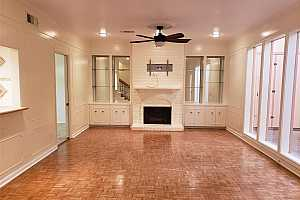 MLS # 50883621 : 575 N POST OAK LANE