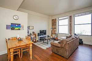 MLS # 8708370 : 915 FRANKLIN STREET #5H
