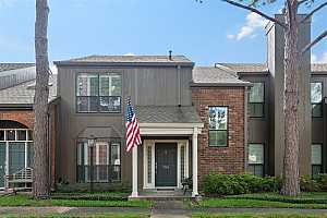 More Details about MLS # 45668472 : 701 BERING DRIVE #704