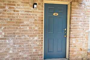 More Details about MLS # 13132664 : 3900 WOODCHASE DRIVE #49