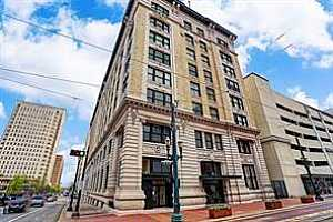 More Details about MLS # 21682866 : 201 MAIN STREET #8CD