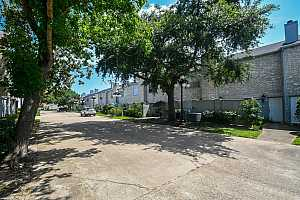 More Details about MLS # 58877259 : 386 WILCREST DRIVE #386
