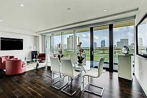 More Details about MLS # 72924795 : 3433 WESTHEIMER ROAD #804