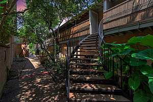 More Details about MLS # 40839923 : 3924 W ALABAMA STREET #8