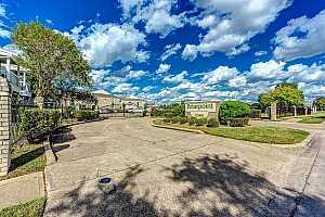 More Details about MLS # 37174600 : 12660 ASHFORD POINT DRIVE #404