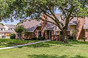 More Details about MLS # 52335747 : 16532 HOLLY TRAIL DRIVE