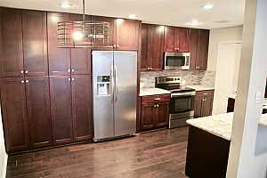 More Details about MLS # 73636752 : 1601 S SHEPHERD DRIVE #235