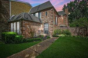 More Details about MLS # 92105366 : 1110 FOUNTAIN VIEW DRIVE #218