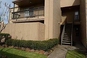 More Details about MLS # 39148282 : 10555 TURTLEWOOD COURT #416