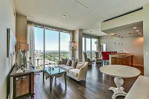MOSAIC ON HERMANN PARK Condos, Lofts and Townhomes For Sale