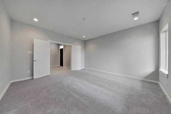 Photo #11 Example of Builder Finishes