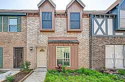 WEST BAYOU OAKS Townhomes For Sale