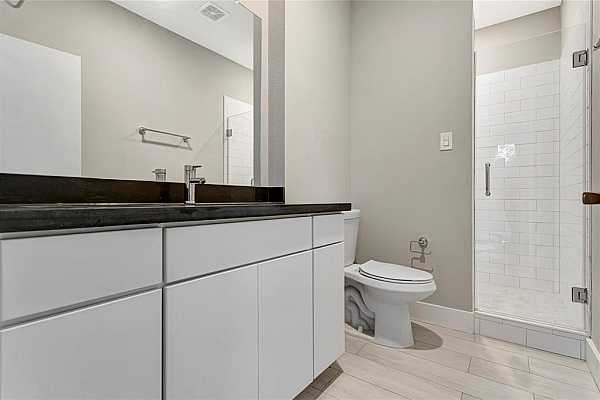 Photo #6 Example of Builder Finishes