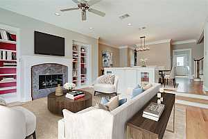 Browse active condo listings in COLLEGE COURT PLACE