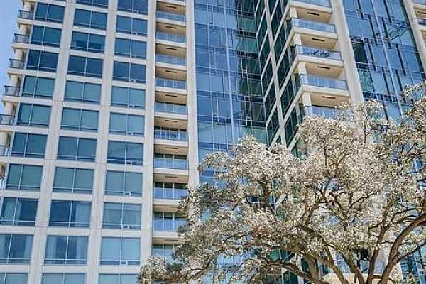 Photo #7 Discover luxurious high-rise living in the magnificent Wilshire at River Oaks.