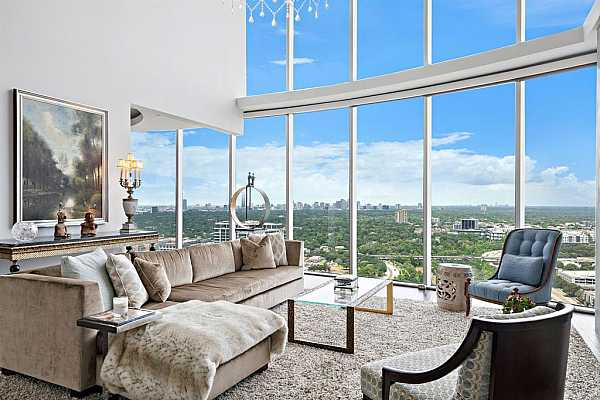 Photo #1 Tucked under the Majestic Crown of the Royalton on a Private Floor this 2-Story Penthouse Offers Panoramic, Helicopter City Views from Floor-to-Ceiling Windows.