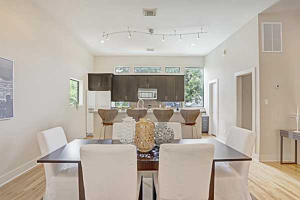 Photo #9 Dining room ready for entertaining!