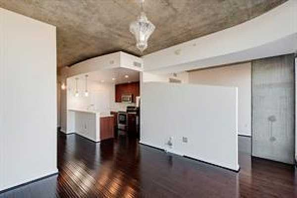 Photo #3 Hard floors and an open plan