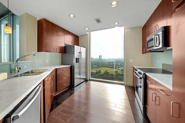 Photo #11 Kitchen with a view of Hermann Park and The Texas Medical Center