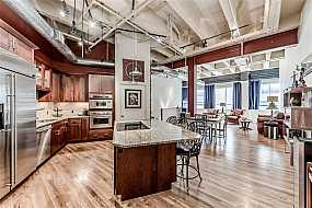 Browse Active DOWNTOWN HOUSTON Condos For Sale