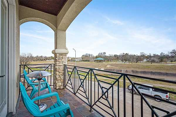 Photo #4 View of the jogging/bike trail and bayou. Or simply relax with a glass of wine, and take in the views of nature. However, just mins away from the Medical Center/ Rice Village & Rice University.  Downtown Houston and the Galleria.