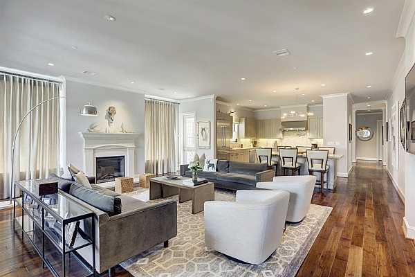 Photo #1 Stunning 2/3 bedroom, 2.5 bathroom unit with hardwood floors throughout and 10ft ceilings! It also features 3 balconies that totally elevate your space.