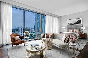 Browse active condo listings in THE WILSHIRE