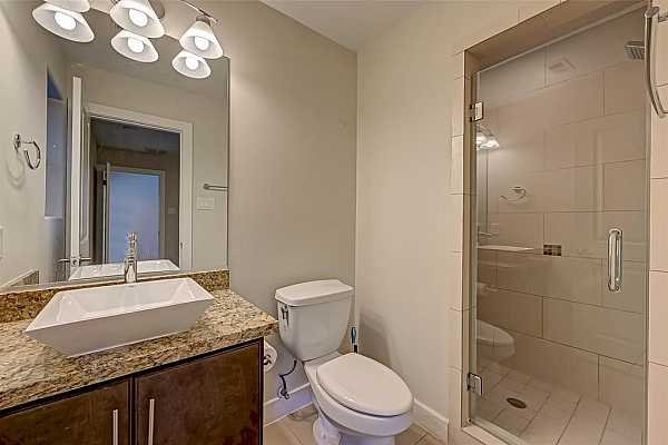 Photo #7 Room on the first floor with ensuite bathroom