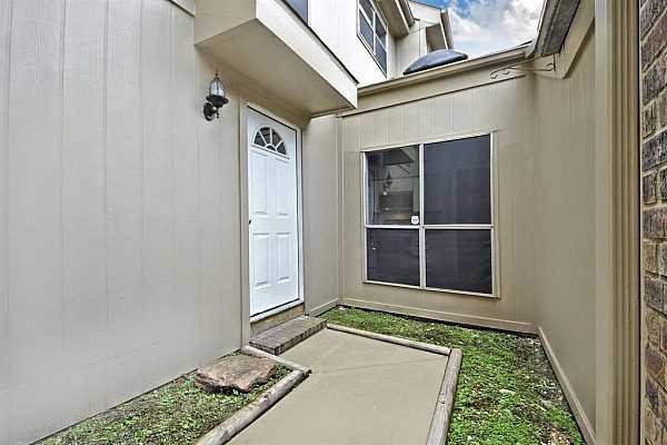 Photo #7 Your private Courtyard waiting for you to open your doors to your Memories today!  Make that call!